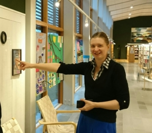 Jenny på Kumla bibliotek